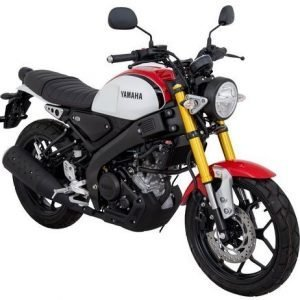 Yamaha XSR155 White with Red Quater View